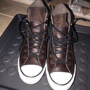 Winter Converse Unisex Shoes Women's size 7